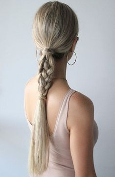 And easy hair style by easy hairstyles hair tutorial trenzas ponytail. Down Hairstyles, Trendy Hairstyles, Braided Hairstyles, Simple Ponytail Hairstyles, Ponytail Hairstyles Tutorial, Easy Every Day Hairstyles, Hairstyle Braid, Business Hairstyles, Hairstyles Pictures