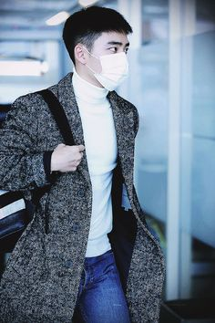 Nanjing Airport to Incheon 151213 : D.O. Kyungsoo, Chansoo, Exo Korean, Kim Jongdae, Exo Do, Do Kyung Soo, Xiu Min, Airport Style, Airport Fashion