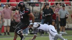 Mahomes with 6 TDs in Texas Tech's 69-17 win over SFA
