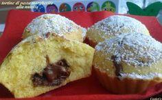 tortine di pasta margherita alla nutella. Ideali per la merenda dei piccoli di casa ma anche ottime come dolce dopocena (o pranzo!), le tortine di pasta pa