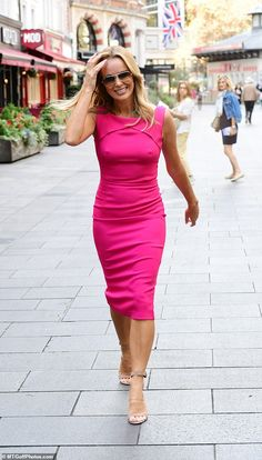 Bright: Amanda Holden turned heads on Monday as she headed to her radio gig in a hot pink, figure-hugging dress Hot Pink Dresses, Pretty Dresses, Britain's Got Talent, Work Out Routines Gym, Pretty Quinceanera Dresses, Amanda Holden, How To Gain Confidence, Single Women, Single Ladies
