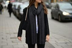 Cute outfit, minus the purse. I don't do purses lol