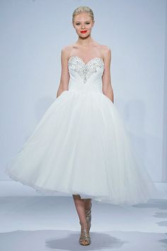 Top 35 Most Loved Tea Length Wedding Dresses | http://www.deerpearlflowers.com/top-35-most-loved-tea-length-wedding-dresses/