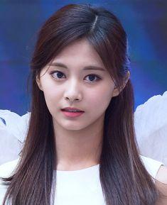 Tzuyu What is Love? Korean Beauty, Asian Beauty, Beautiful Asian Girls, Beautiful Women, Gfriend Yuju, Sana Momo, Tzuyu Twice, Le Jolie, Perfect Woman