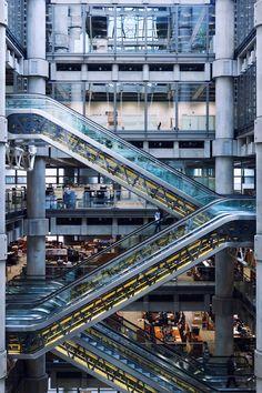 Lloyd's Building by Shigehiro Ono, via 500px