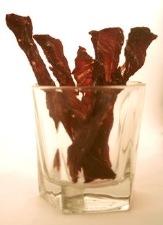 homemade beef jerky by fastmetabolismdiet.com - good basic instructions - using different meat and sauce/spice combo