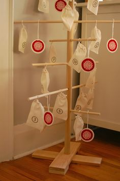mint in the middle: christmas advent wooden dowel tree