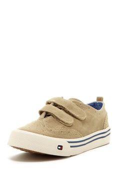 Chauncey Velcro Shoe