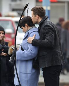 Ginnifer Goodwin & Josh Dallas on set (November 5, 2015)