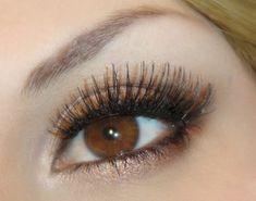Medium Brown Eyes. pretty much perfect daytime eye makeup.