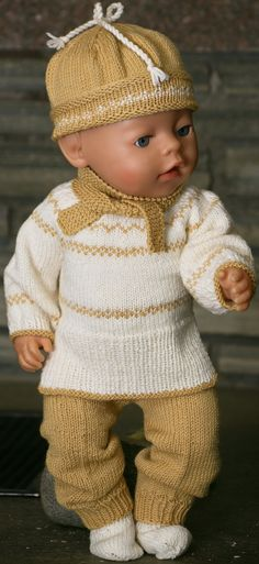 Welcome to Maalfrid Gausel doll knitting patterns store - the most lovely knitting patterns for dolls Knitted Doll Patterns, Sweater Knitting Patterns, Knitted Dolls, Baby Patterns, Knitting Dolls Clothes, Doll Clothes Patterns, How To Start Knitting, Easy Knitting, Tricot Simple
