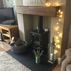 How To Quickly And Easily Create A Living Room Furniture Layout? Log Burner Living Room, Home Living Room, Living Room Decor, Cosy Living Room Small, Dining Room, Best Interior Design Apps, Home Interior, Interior Doors, Living Room Furniture Layout