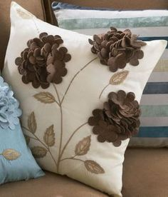Decorative Pillows - Embroidery and appliqués create fun style. Come Home to Comfortable Living Through the Country Door! Pillow Crafts, Diy Pillows, Toss Pillows, Custom Pillows, Decorative Pillows, Cushions, Cushion Embroidery, Ribbon Embroidery, Felt Flower Pillow