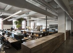 fiftythree-offices-in-new-york-feature-transparent-creative-spaces-designboom-01