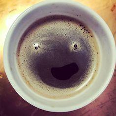 Quand ton petit café de 500ml de 14h te fait des sourires... #cafe #coffe #ousuisje #quietesvous Tableware, Small Cafe, Dinnerware, Dishes