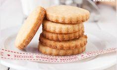 Ciasto z galaretką (Jaffa Cake) - I Love Bake Sweet Recipes, Cake Recipes, Dessert Recipes, Polish Desserts, Jaffa Cake, Good Food, Yummy Food, Cookie Crumbs, Yummy Cakes