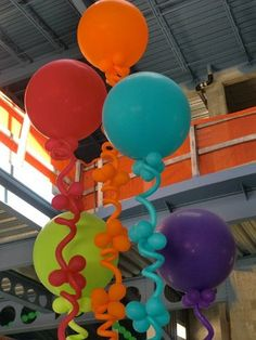 Curly Pole Balloons