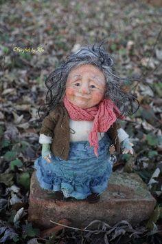 Rosalinde needle & wet felted OOAK doll