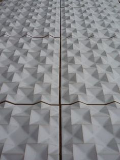 Wall tile / ceramic / 3-D