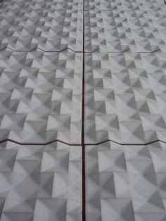 Wall tile / ceramic / 3-D