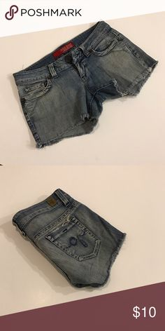Guess denim shorts In excellent condition! Guess Jeans