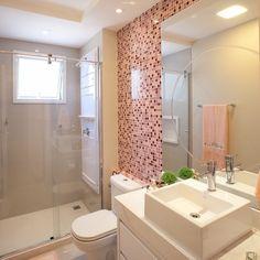 Banheiro menina que ficou uma gracinha com essas pastilhas 💝💝 Observem o espelho redondo sobreposto ao outro 👏🏻👏🏻 #boatarde #interiores… Basement Inspiration, Decor, Bathrooms Remodel, Sleek Bathroom, Bathroom Interior Design, Bathroom Decor, Home, Bathroom Design, Beautiful Bathrooms