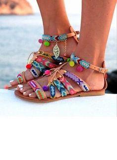 70980bab08f 89 Best BOHO Shoes images