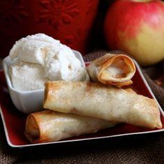 Baked Apple Pie Egg Rolls