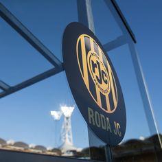 Heb jij al een kaartje voor Roda JC-AZ? Koop hem snel via http://ift.tt/2asedEr. Tag je Roda maatjes  #rodaz #koempels
