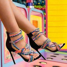 👠Entrem e confiram um pouco mais de nossas tendências, vocês estão super convidadas😄😄😄 . . #tendênciascasuais   moda&estilo👠 . . ✅Curtam nossa página no FACEBOOK👇👇 ✅www.fb.com/tendênciascasuais (link na BIO) . #oculosescuros#oculosdesol#saltoalto#sapatosfemininos#salto#moda#modapraia#modafeminina#modafitness#lookdodia#looks#makeup#maquiagem#unhas#crooped#tshirt#pulseira#batom#style#model#modelo#tendencias#tendenciascasuais#bolsas#modelo#night#passarela#shoes#instashoes#sobrancelhas#