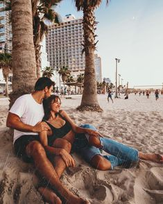 Tel Aviv is what New York wishes it were. 😯😳 I said this to Yinon a few days ago and he couldn't believe it. Cute Couples Photos, Cute Couple Pictures, Cute Couples Goals, Lightroom, Relationship Goals Pictures, Cute Relationships, Photo Couple, Couple Shoot, Couple Goals