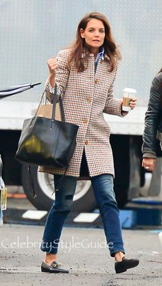 Katie Holmes and A.P.C. Tweed wool-blend coat, GUCCI Horsebit Loafers, CHLO� Milo Medium Tote. See the latest Katie Holmes style, fashion, beauty, trends, wardrobe and accessories.