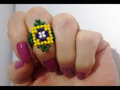 Easy Guide To Make Wire Wrapped Rings With Beads Beaded Necklace Patterns, Jewelry Patterns, Beading Patterns Free, Beading Tutorials, Beard Jewelry, How To Make Rings, Beaded Rings, Necklace Tutorial, Beaded Clutch