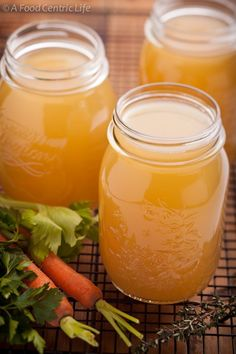 How to make homemade chicken broth or chicken stock — A Food Centric Life Canning Recipes, Soup Recipes, Chicken Recipes, Healthy Recipes, Chutney, Food Storage, Stuffed Whole Chicken, Smoothies, Freezer Meals