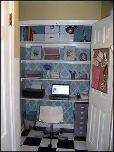 Love this closet turned office space!