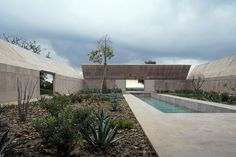 Villa Além, Alentejo, Portugal, by Valerio Olgiati.
