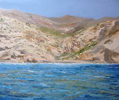 Este cuadro de la costa de Cartagena pintado por Rubén de Luis representa una pequeña playa en verano en esta costa de Murcia. Posee gran luz reflejada sobre las rocas y el mar de diferentes tonos de azul.