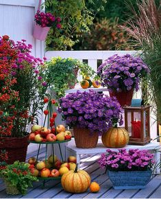 4 ways to beautify your autumn balcony or terrace autumn balcony, autumn terrace, balcony, terrace, autumn, fall, ideas, inspiration for balcony, decorations