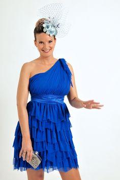 Vestido de fiesta asim�trico modelo H3001