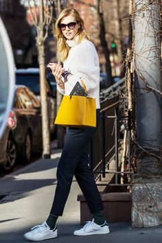 Karlie Kloss Is Making a Serious Case for This Unexpected Styling Trick. #karliekloss #celebritystyle