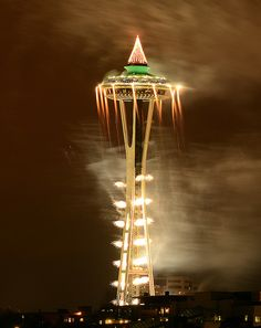 Seattle Space Needle, 184 m, built for Century 21 Exposition in 1962. Astrogeographical position: the air sign Aquarius the sign of the sky and reaching out for outer space with the fire sign Sagitarius indicator of the round shape of the restaurant platform and its roof top. The needle on top of the roof is a typical form for Aquarius. Both coordinates valid for radius/field level 3.