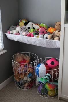 Toy Room Organization, Organizing Kids Toys, Toy Room Storage, Soft Toy Storage, Organization Ideas For Bedrooms, Teddy Storage, College Organization, Bedroom Storage, Stuffed Animal Storage