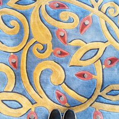 Good Morning!  @ihavethisthingwithfloors @newbalance #Ihavethisthingwithfloors #photooftheday #colourful #floor #shoes #fashiongram #日常 #blogger #Sunday #photographer #happy #lovely #時尚 #fashion #lifestyleblogger #style #旅遊 #lookdown #lovedailydose #fashion #hkblogger #travel #hkig #tileaddiction  #hongkong #lookyfeets #fromwhereistand #shoesoftheday #amazingfloorsandwanderingfeet#fromwhereistand by kikichang001
