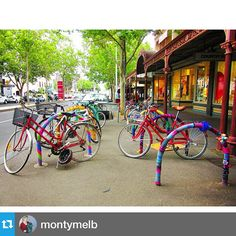 Yarn bombed bike stands #lygonstreet #carlton #yarnbombing #bicycle #igersmelbourne #melbourne #vibrant #colourful…""