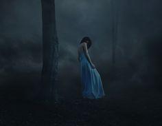 Résultats de recherche d'images pour « mysterious girl photography »