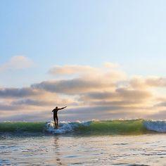 Single fin Sundays with our amigo Alek Rockrise. San Clemente, CA. Photo by Andrea Coleman. #surfandstone #surfing #sanclemente