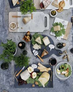 We're exploring the rich, rustic flavors of California's wine country this month, andwhen it comes to foolproof wine and food pairings, cheese is your best friend. That's why we created our Guide ...