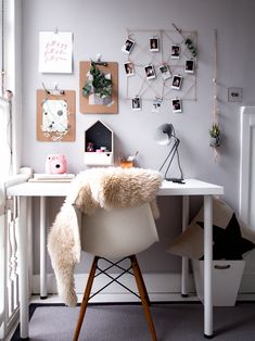 Scandinavian home office inspiration for renters and students - Don't Cramp My Style Interior Room Decoration, Study Room Decor, Cute Room Decor, Room Decor Bedroom, Room Interior, Bedroom Ideas, Home Office Design, Home Office Decor, Home Design