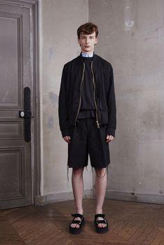 Off-White Spring 2016 Menswear Fashion Show