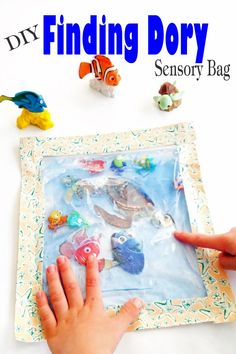 Super easy DIY Finding Dory Sensory Bag is perfect as a calm down or just for fun sensory activity. #findingdory #specialneeds